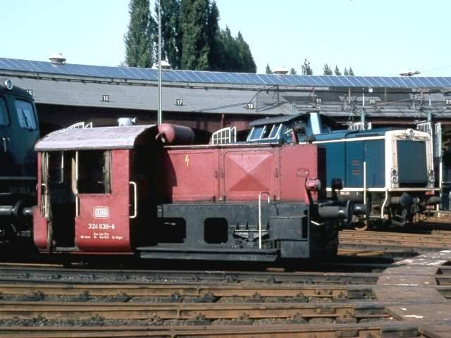 DB 324 030-2