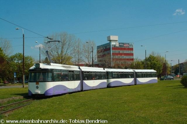 18.04.2011: 2716 = ex Münchner P - Wagen in Timisoara (Linie 4) - der einzige ohne Graffiti.