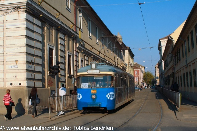 18.04.2011: 2880 = ex Bremer in Timisoara (Ringlinie 6).