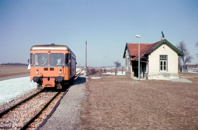 WEG Triebwagen in Waldhausen