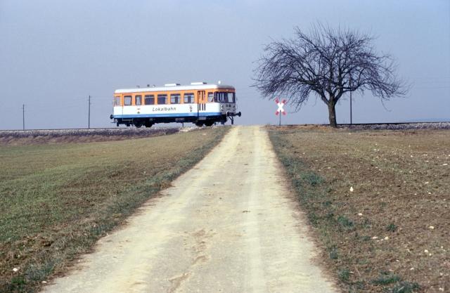 WEG-Triebwagen zwischen Amstetten und Gerstetten