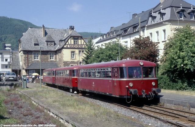 Schienenbus in Traben-Trarbach