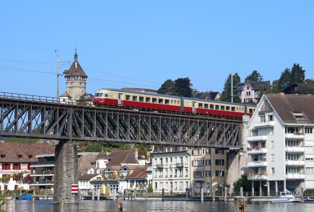 RAe TEE II#1053 Sdz 31125 Bern-Rorschach Viadukt Feuerthalen