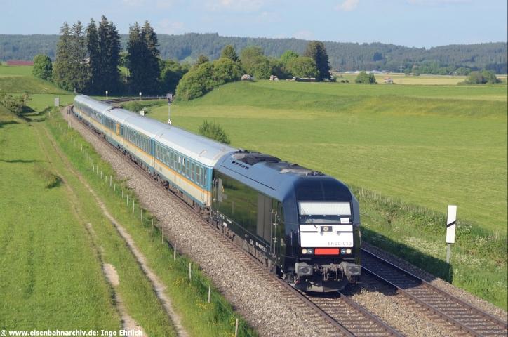 ER 20 013 mit ALEX-Zug bei Aitrang