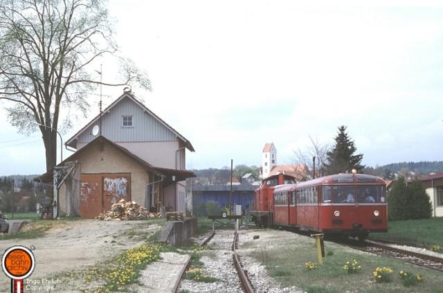 VT 95 im Mai 1996 im Bahnhof Bingen
