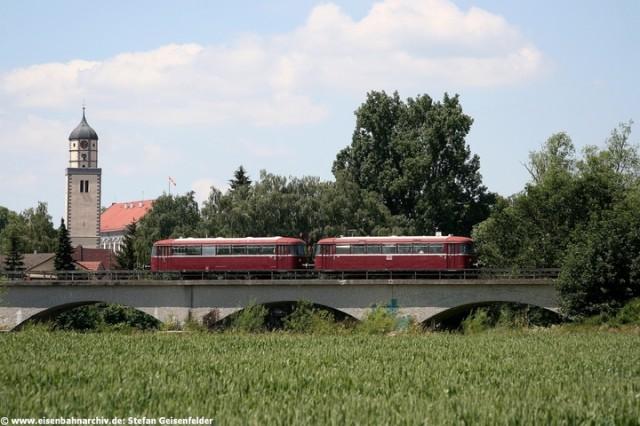 Schienenbus bei Oettingen