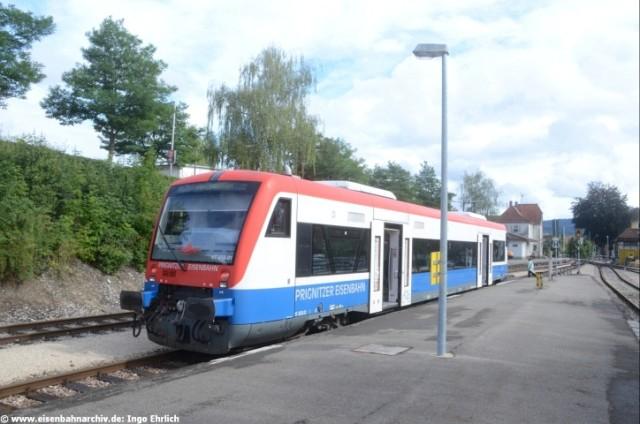 VT 1 der Prignitzer Eisenbahn im Bahnhof Hechingen Landesbahn