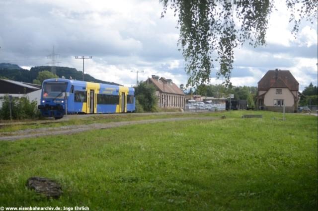 VT 45 der HzL am 15.09.2013 im Bahnhof Schömberg