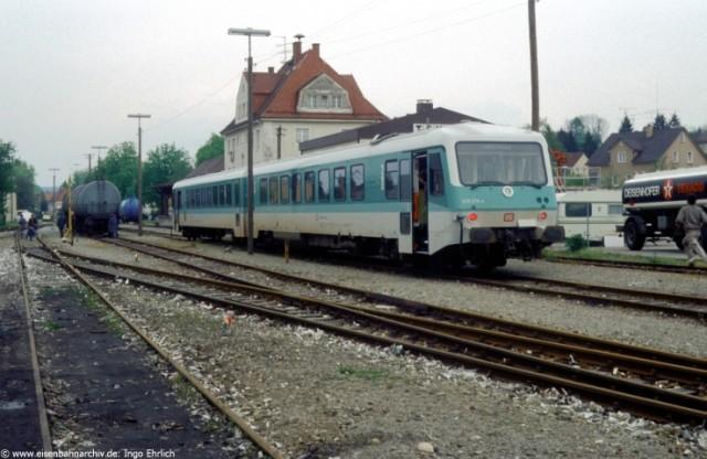 628 278 mit Sonderzug in Weingarten