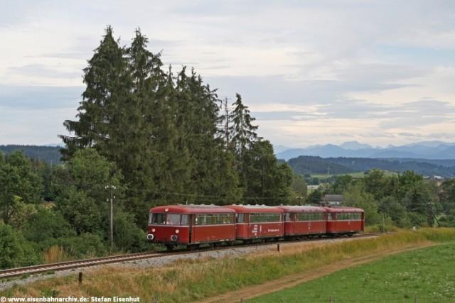 Schienenbus bei Hohenfurch (Strecke Schongau - Landsberg)