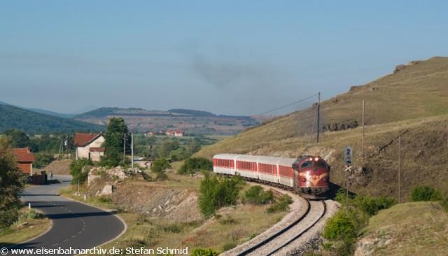 Bild 4- IC 760 von Peje verlässt Dritan gen Pristina