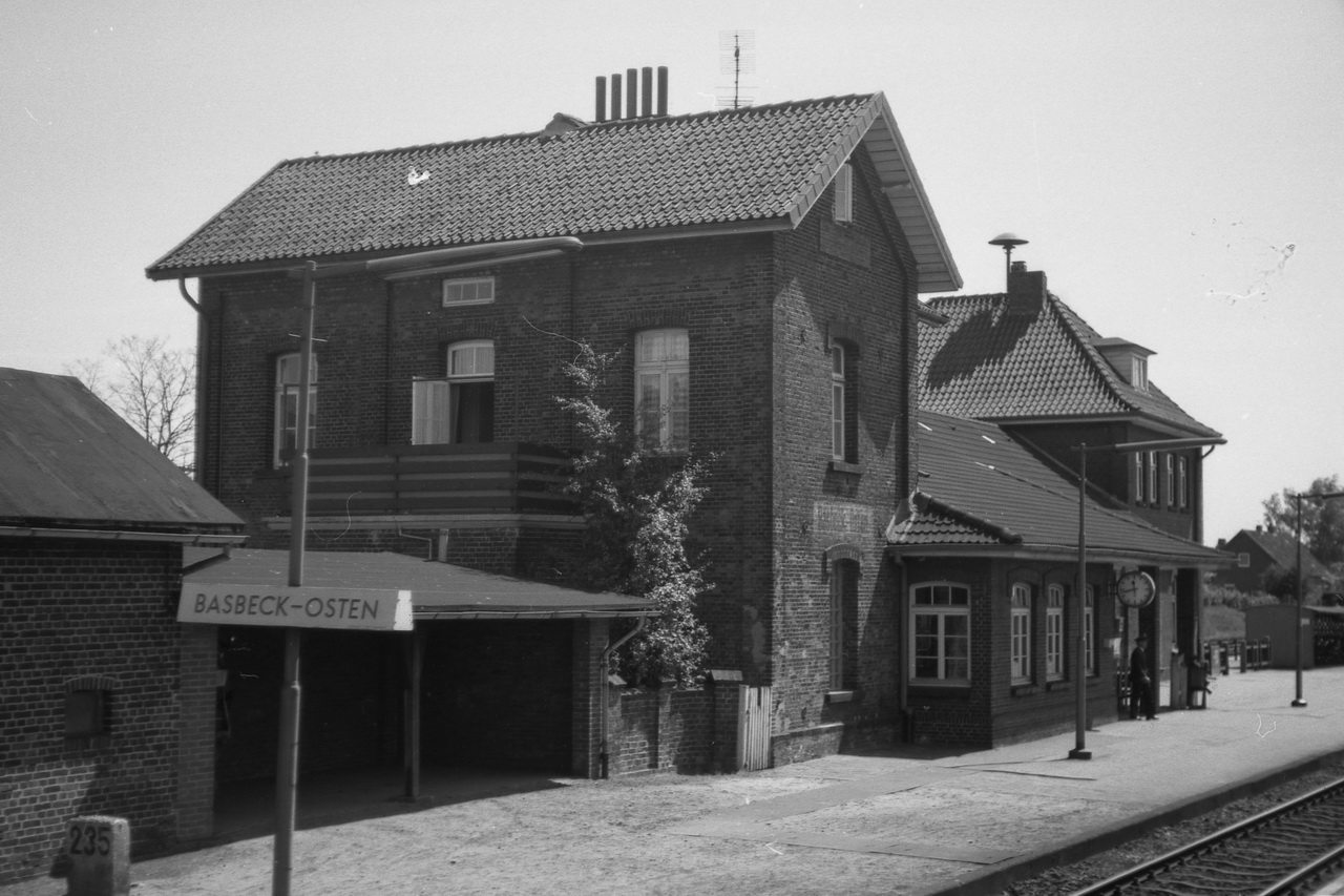 Bahnhof Basbeck-Osten