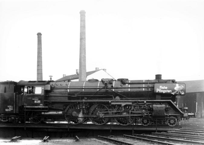 Pfingstgrüße an 01 235 des Bw Treuchtlingen am 04.05.1962
