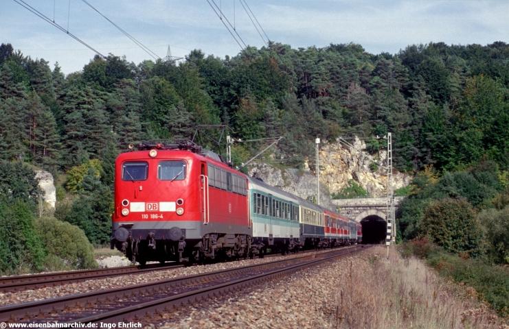 110 186 hatte am 12.09.2000 mit RE München - Nürnberg den Esslinger-Tunnel passiert