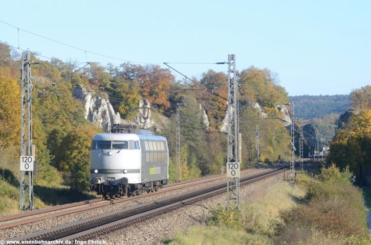 Überführung der 103 222 am 14.10.2017 von München in Richtung Norden